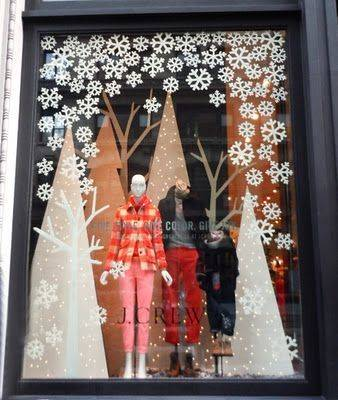 Christmas Windows: Mid and Fore Grounds